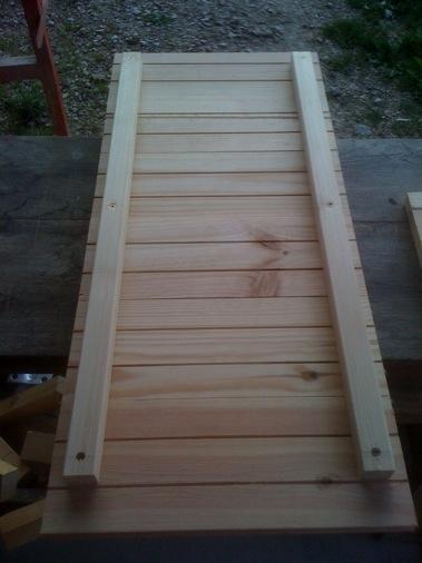 La cabane for Construire une porte
